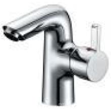 China Water Saving Bathroom Brass Mixer Faucet (2525)
