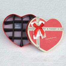 Коробка шоколадная с сердечком и разделителем для бумаги