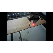 Máquina de corte da gravura do laser do CO2 Máquina de corte da gravura de vidro da madeira compensada acrílica