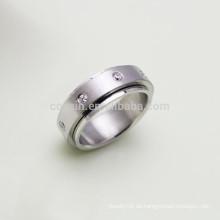 Hergestellt in China Edelstahl Spin Ring mit Kristallen