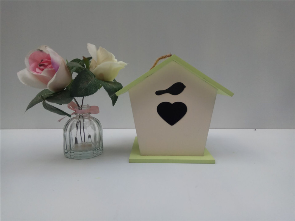 DIY simple wooden birds house hanging