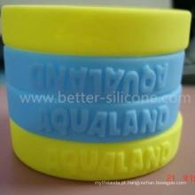 Bracelete em silicone com elastômero ecológico