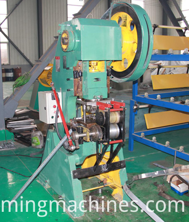 Manual Steel Slotted Angle Machine
