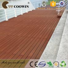 A madeira vermelha ao ar livre do preço do competidor embellished o decking do wpc