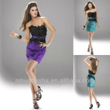 Chic Strapless Waistband Feather Mini robe à breloques Graduation Dress Homecoming Gown