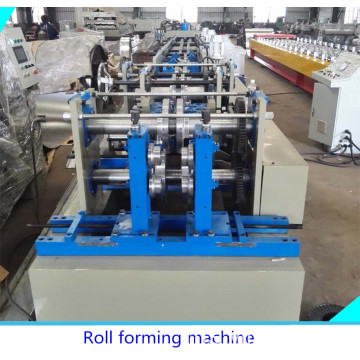 CZ purlin machine diselaraskan oleh manual