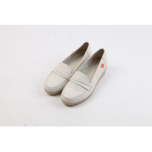 Wholesale comfortable soft genuine leather nurse shoes
