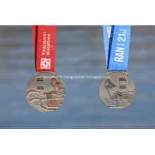 2018 Vancouver Marathon Finishers Medal