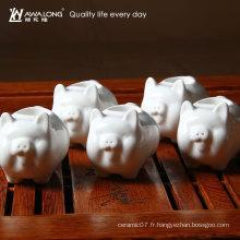 2016 Mignon Carving Porker Shape White Ceramic Tooth Pick Holder