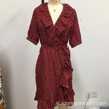 Wanita Point Longgar Lace Dress dengan Belt
