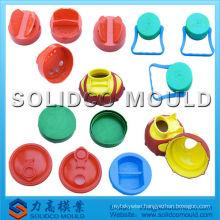 Flip-top cap mold