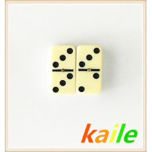 Doppel sechs Elfenbein Domino in Blechdose gesetzt