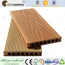 Plancher en bois en bois composite wpc extérieure en Espagne