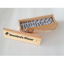 Domino Blöcke Spiel in Holzkiste