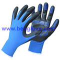 Anti glissement, gant recouvert de nitrile