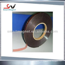 Adhesivo de extrusión suave caucho permanente banda magnética