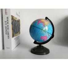 Petit globe de tirelire avec carte du monde bleu