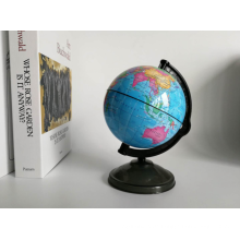Kleine Sparbüchsenkugel mit blauer Weltkarte