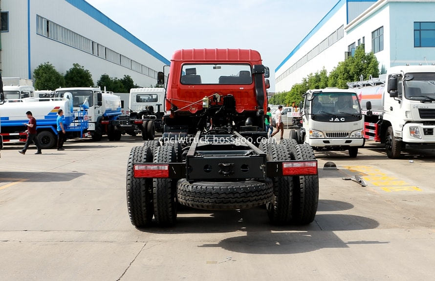 water tank truck chassis 3