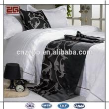 Guangzhou-Hersteller-unterschiedliches Muster vorhandenes Großhandelshotel-Bett-Läufer