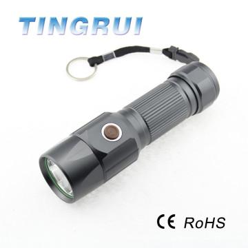 200 Lumen Équipement extérieur Chasse LED Torche Lampe de poche Avec batterie 26650