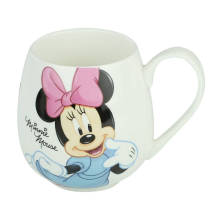 Une tasse adaptée aux besoins du client de thé de porcelaine de conception de carton de catégorie pour des cadeaux promotionnels