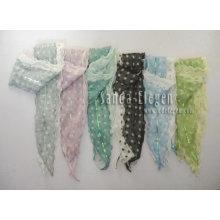 Mantón de moda tejido