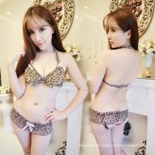 Venta al por mayor de China Sexy sexy leopardo transparente transparente camisa apretada estrecha famale lencería sujetador y panty