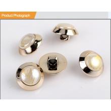 Мода ABS и Shinny Shell Кнопка для костюма BA60378