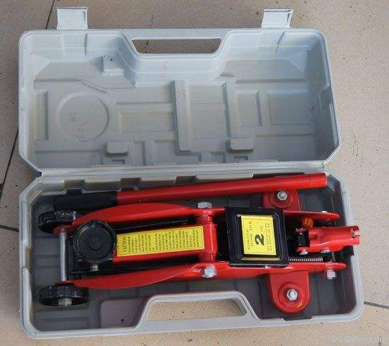 car lifting floor jack