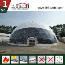 Weißes geodätisches Hauben-Zelt im Freien, halbes Hauben-Zelt für die Werbung