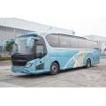Autocar de lujo de dos puertas con motor weichai