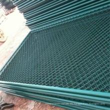 Valla de enlace de cadena revestida por pulverización / valla de malla de alambre