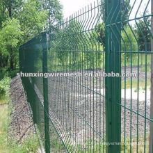 Galvanizado e revestido de PVC Wire Mesh Fence como cerca de segurança