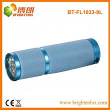 Factory-Verkauf Bunte Nacht verwendet 9 LED-Aluminium Günstige LED-Taschenlampe mit wachsenden Lighting Silicon Gummi-Griff