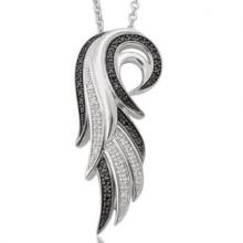 El micr3ofono pavimenta la joyería de plata de plata de los colgantes del ala del ángel 925