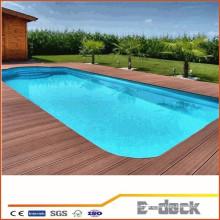 Suelo de balcón de prueba de agua cubierta de plástico de madera ranura piscina wpc suelo