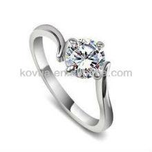 Design simple en argent sterling 925 CZ anneaux bijoux en un anneau en pierre