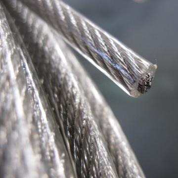 Cuerda de alambre de acero inoxidable recubierta de PVC transparente AISI304