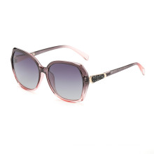 Hot selling Luxury Newest CUSTOM logo good quality wholesale woman sunglasses