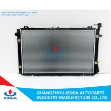 Radiador auto plástico del tanque de la base de aluminio para OEM 21460-1y060 de la gasolina Y60 de Nissan