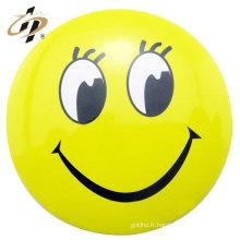 Bouton de broche emoji à la maison
