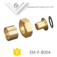 EM-F-B004 Um conjunto latão Slip Sleeve Pex Nipple e encaixe de tubulação da porca