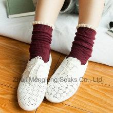 Kleine MOQ akzeptieren süßes Mädchen Baumwollsocken mit Lace Manschette