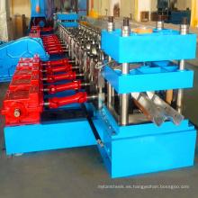 Rollo galvanizado automático de la barandilla de la carretera que forma la máquina / la máquina froming fría del rollo para la venta