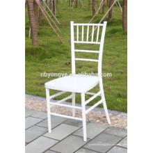 PC Weißes Harz Chiavari Stuhl für Knock Down Design