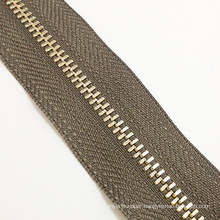 2016 Coffee Color Long Chain Metal Zipper for Garments