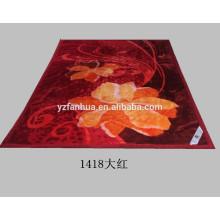 Flores escarlata de poliéster impresión Raschel visón mantas baratas por mayor
