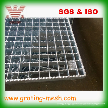 Caillebotis à barres en acier galvanisé à insertion dentelée pour passerelle