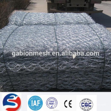 High quality galvanized wire netting for stone wall (ISO 9001)